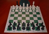 No 280 Combo. Solid Plastic Chess Set with Vinyl Mat and Bag