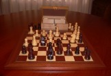 No A204 Combo. Rosewood Chess Set with Board and Chest. 83mm King