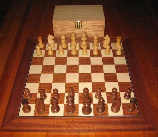 No A101 Combo. Sheesham Chess Set with Board and Chest. 65mm King