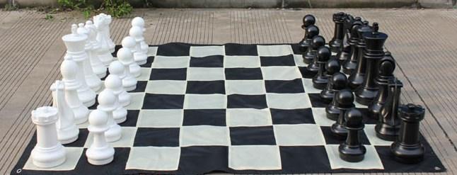 Garden Chess Set 410mm King and Nylon Mat